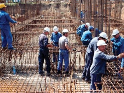 72511-0-muncitori-santier